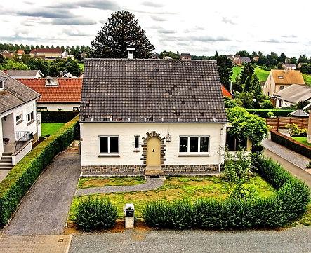 house-966346_1920.jpg
