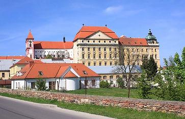 Loucký klášter.jpg