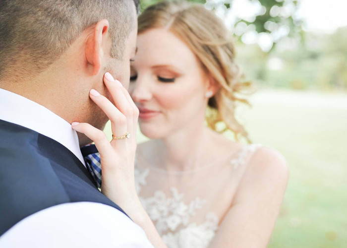 "alt=""Based in Delaware, Jen and Katie Photography pride themselves on their local and international wedding portfolio, travelling near and far for their cleints."""