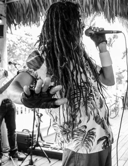 LUNA LIVE: Rock, Reggae & Latin Artist - Miami, Florida