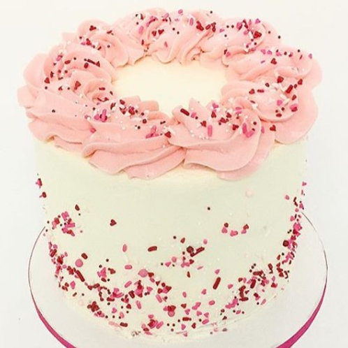 Comin' Up Rosettes Cake