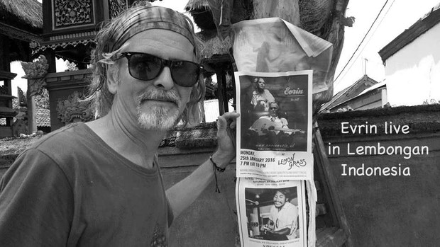 Evrin live in Bali (Indonesia)