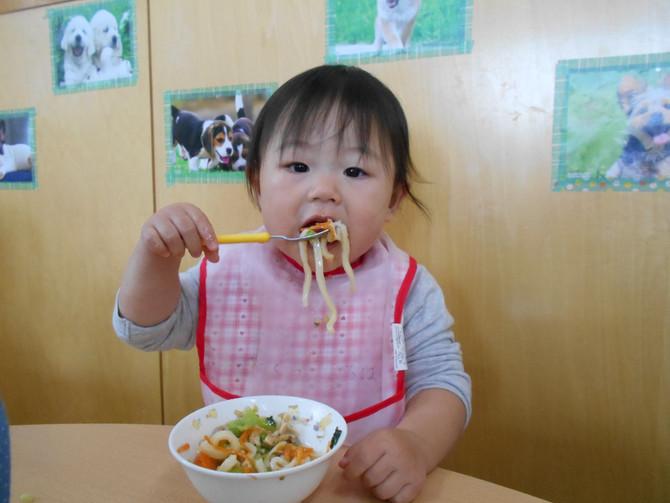 りすぐみ(0歳児)・食欲の秋!
