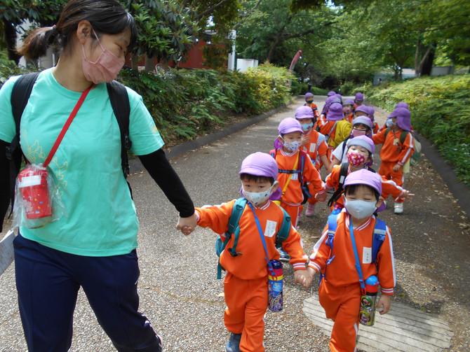 4・5歳児 バス遠足