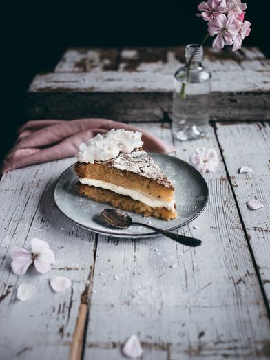ананасовый-торт-с-кокосовым-кремом.png