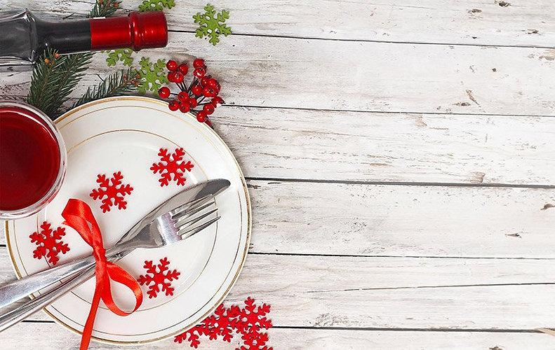 christmas-dinner-table-norway.jpg