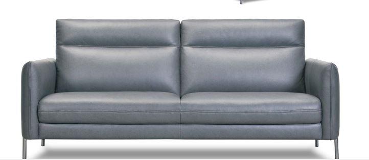 brando couch 2