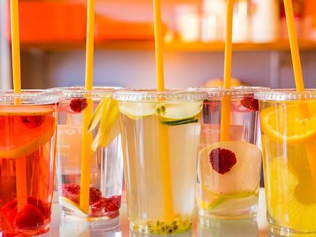 Focus sur les eaux détox : la boisson bien-être du moment !