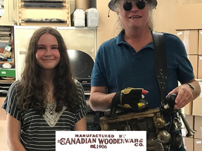 Washboard Hank Visits the VCanadian Woodenware Co shop!
