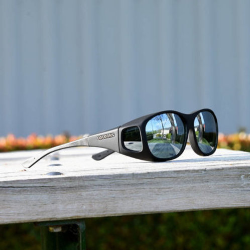 Cocoons Slim Line (M) Black Polarized Silver Mirror