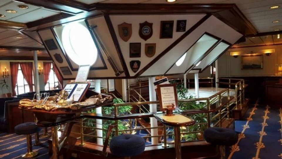 sailing on a tall ship