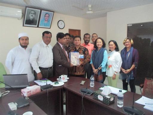 WaterLinks has new WOPs: KWASA, Bangladesh and PDAM  Surya Sembada  Kota Surabaya, Indonesia