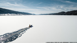 Brise-glace sur le Lac de Joux