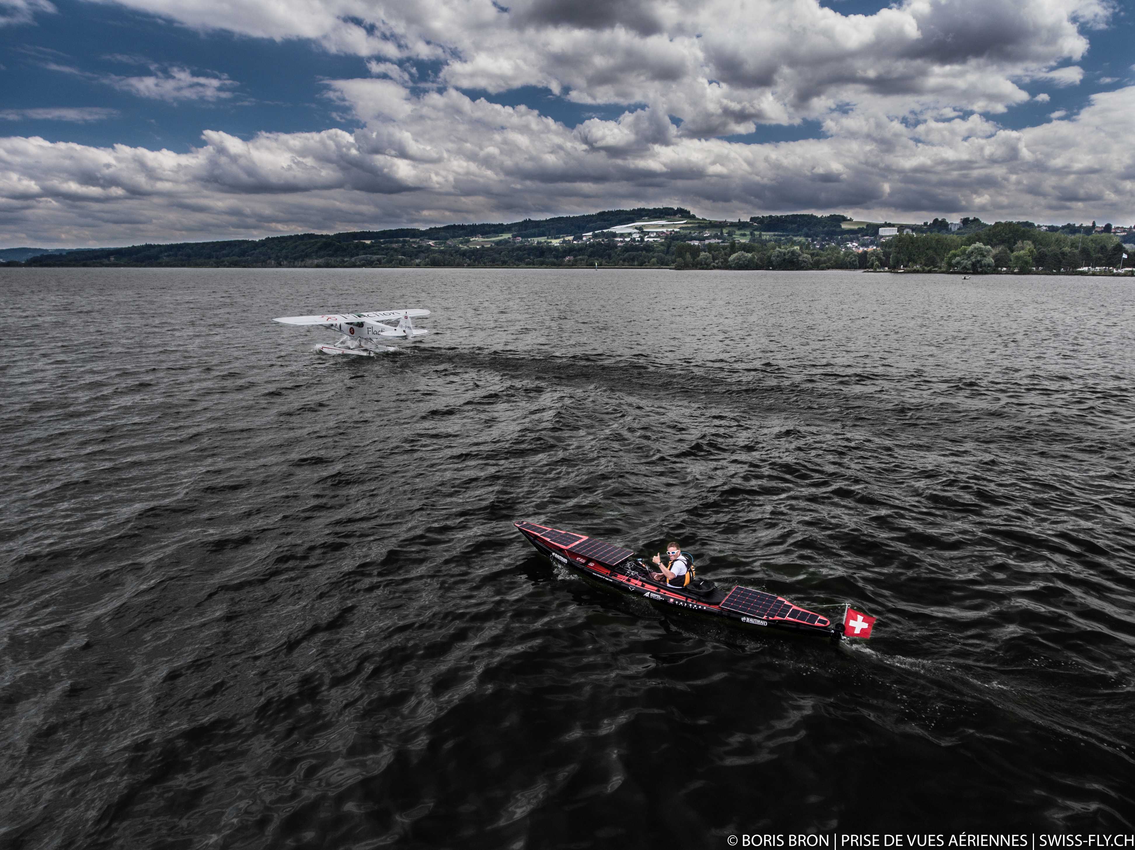 Hydravion et Kayak solaire.