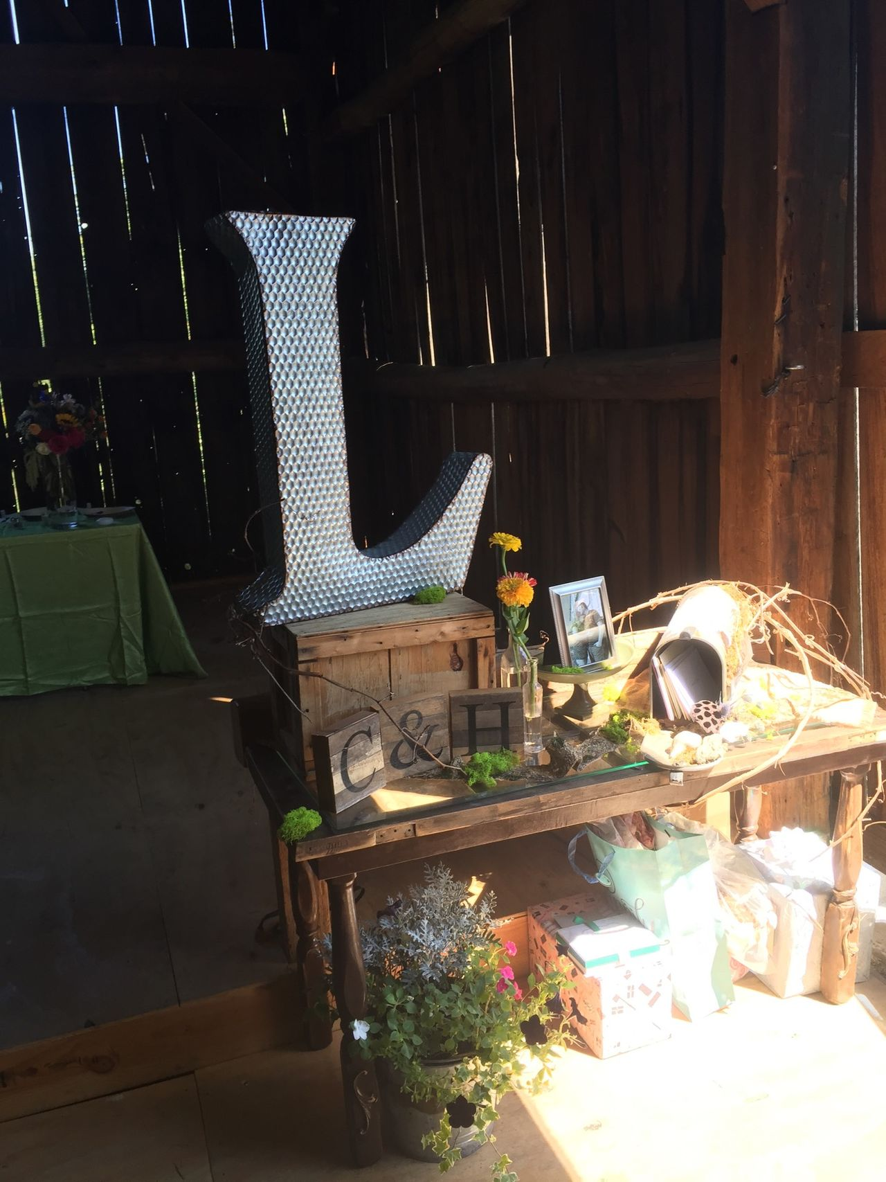 2016-09-03 INSIDE DECORATION TABLE