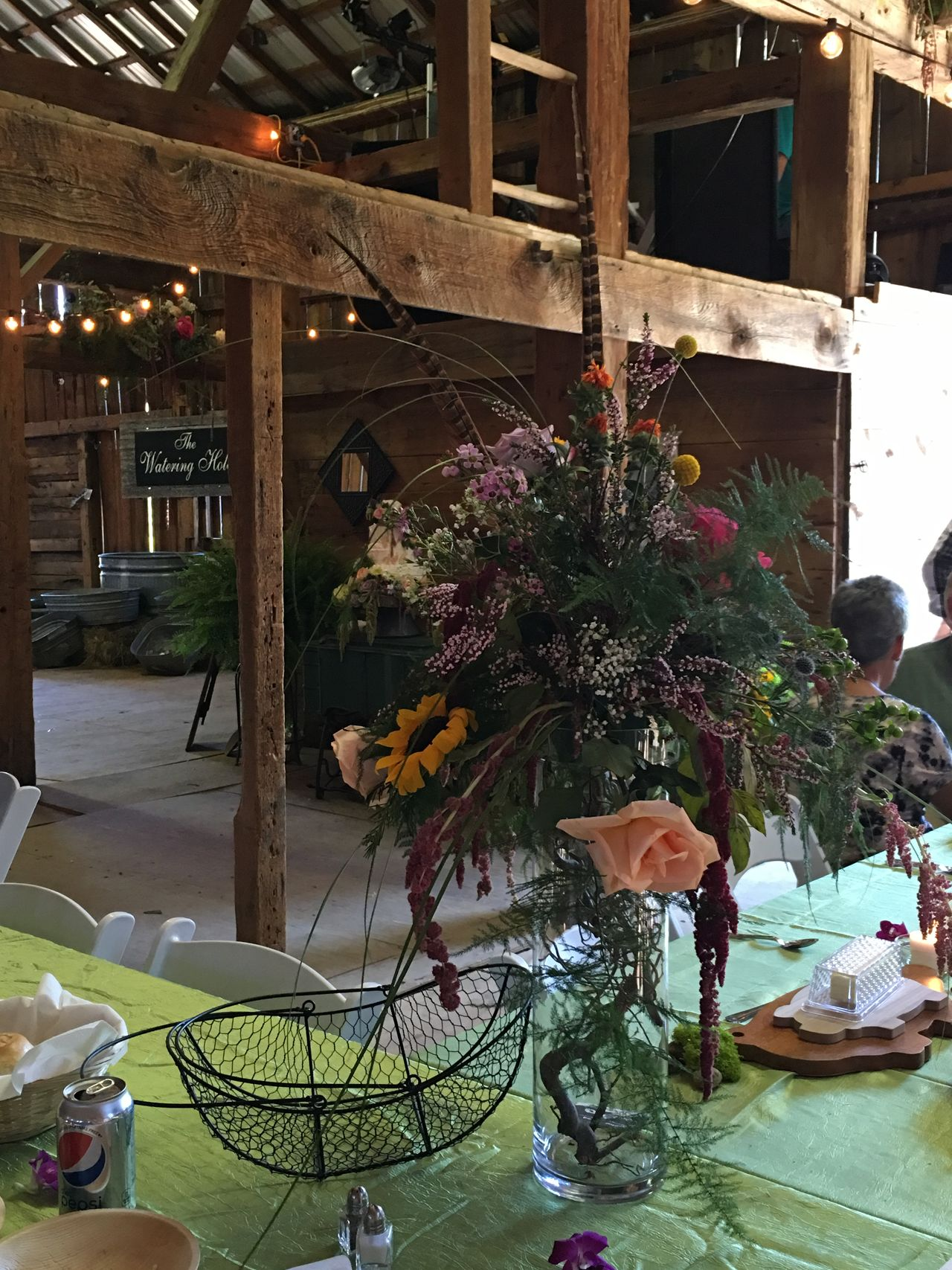 2016-09-03 INSIDE FLOWER ARRANGEMENT