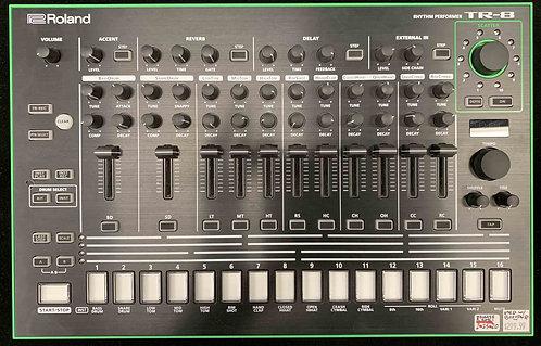 Roland TR-8 Rhythm Performer USED!!!
