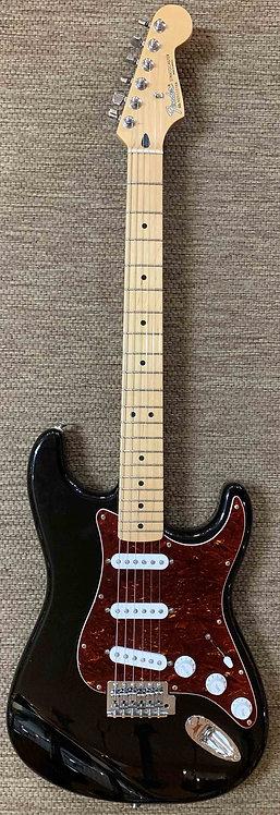 2000 Fender Stratocaster USED!!!