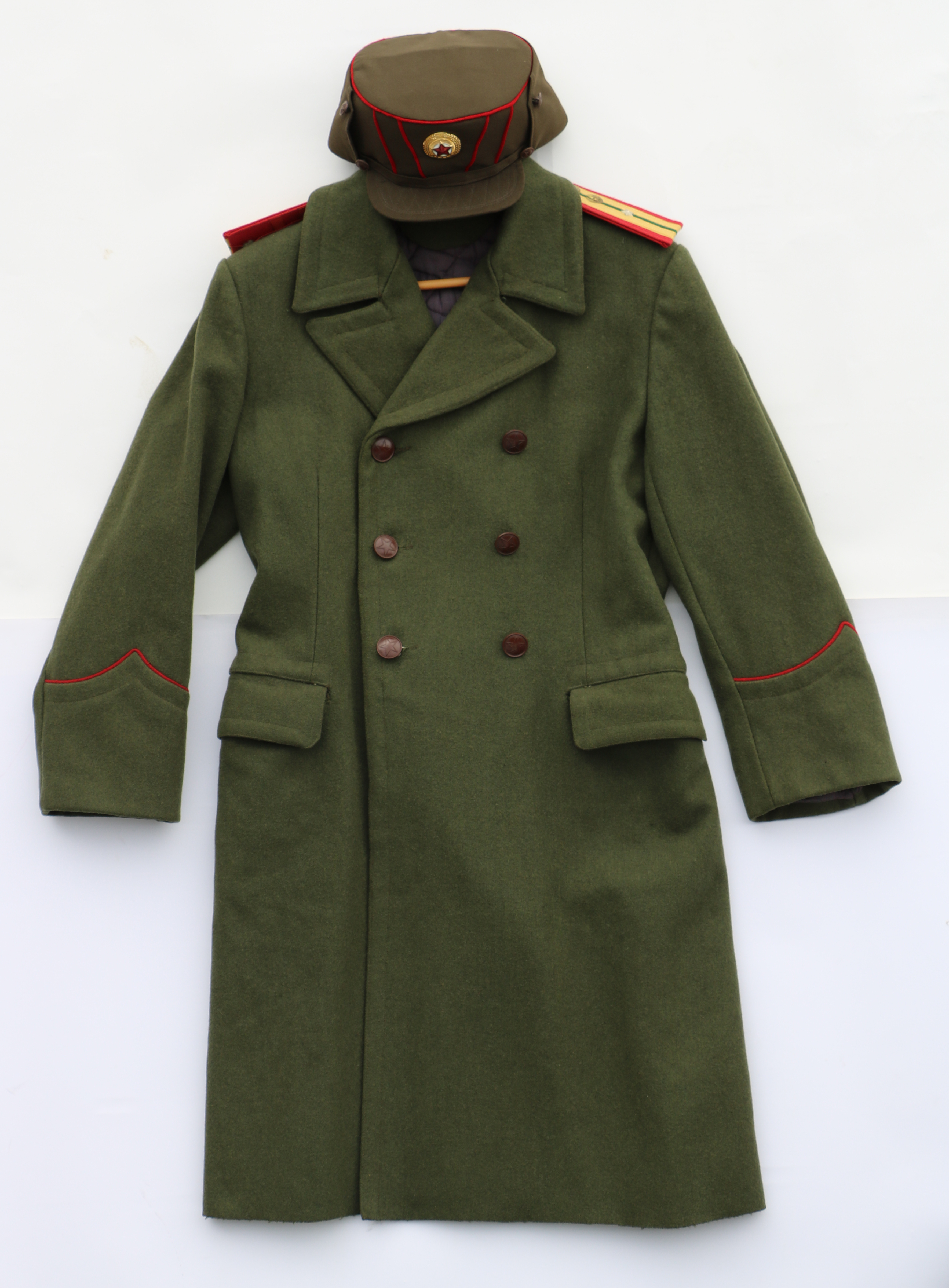 Army Winter Coat with Chinese Shoulderboards