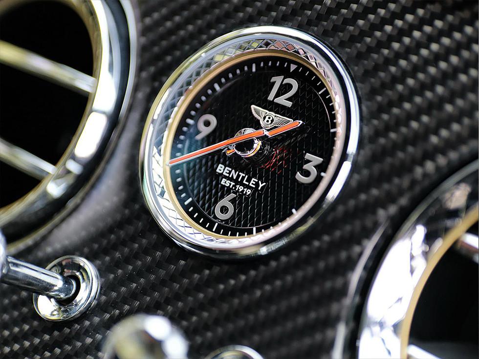 Bentley Continental GTC Keyvani Weiss_I_106.jpg