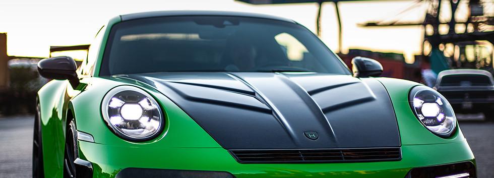 Porsche (2).jpg
