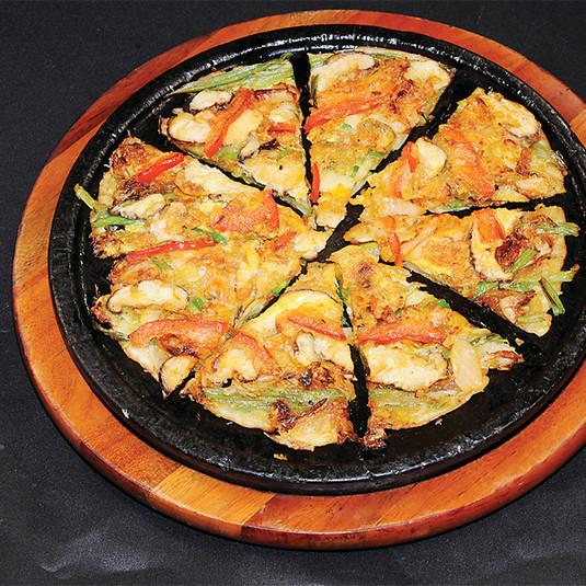 Kimchi & Vegetable Pajun