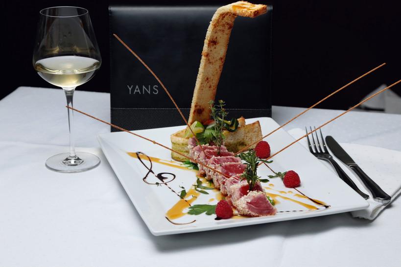 Client: YANS restaurant