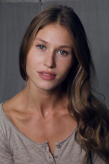 Model & actress OLGA KENT
