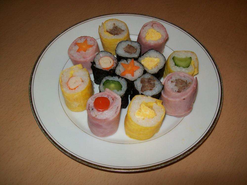 De beaux et bons makis sushis!