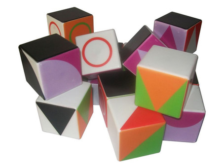 Des cubes magnétiques magiques: Géocube