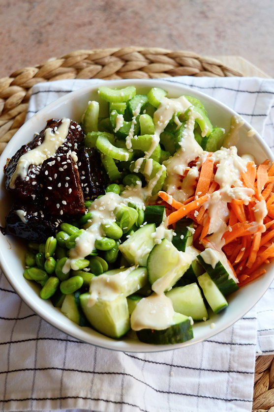 Photo ''Buddah bowl de tempeh sucré-salé