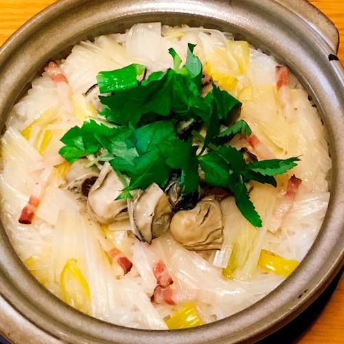 冬は牡蠣と下仁田ネギの炊き込みごはん