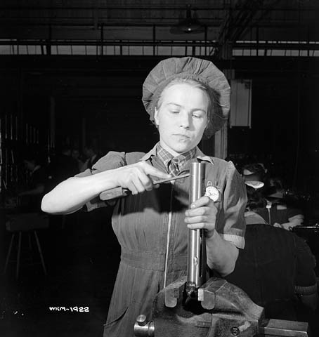 1942_Woman works on carbine_e000760719.j