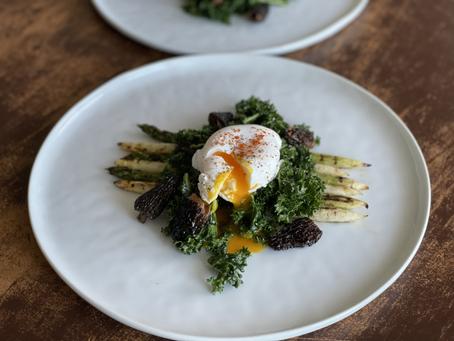 Grilled Asparagus & Kale Salad