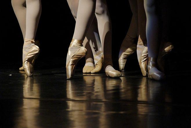 Ballet classes.jpg