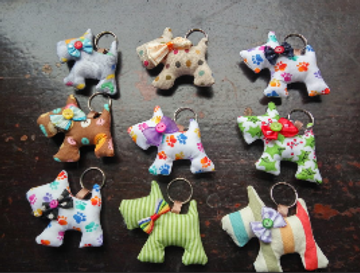 keychains made from leftover fabric by Hangmade by Gladys