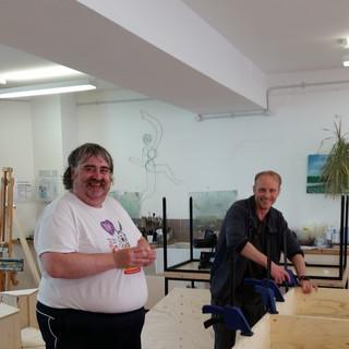 Mark and Tony build the set.jpg