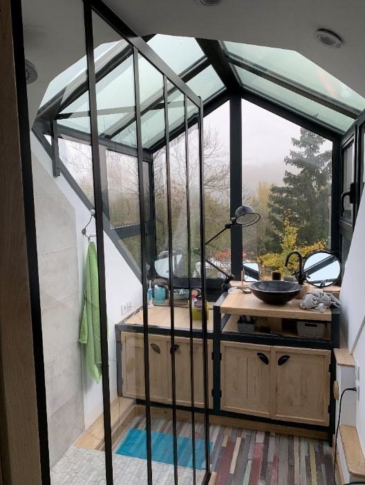 Verrière et lucarne de toit créées par les ateliers Dabins dans la Sarthe