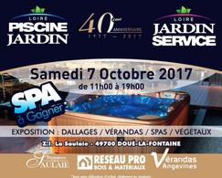 Loire Piscine Jardin à Doué-La-Fontaine, une Publicité Print Precom Habitat