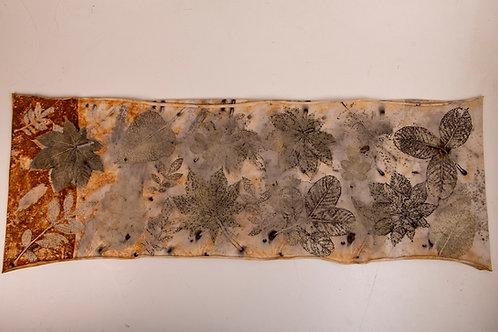 Cachecol-gola Ecoprint Natureza (1) - Artista têxtil Rejane Mota