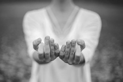 hands_mudra.jpg