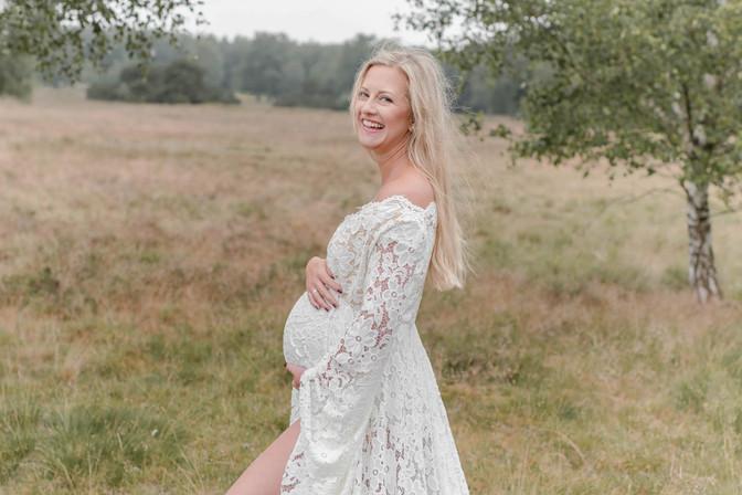 Babybauch Fotoshooting Janina Haner Phot