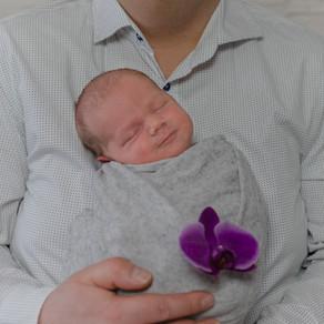 Für Papas: 10 Fakten über Neugeborene