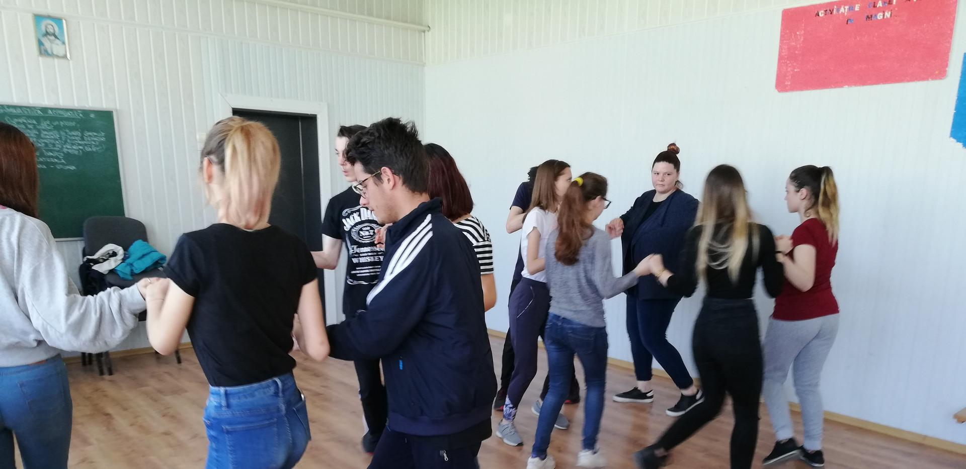 Dansuri 5.jpg