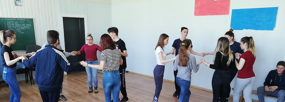 Dansuri 4.jpg
