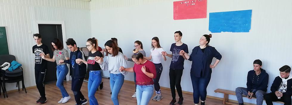 Dansuri 3.jpg