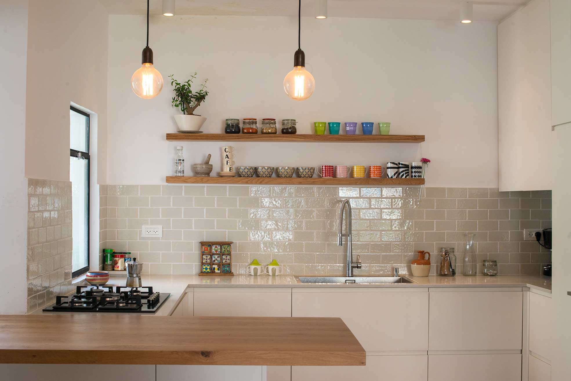 A bright new open plan kitchen