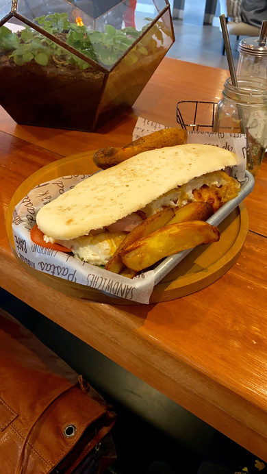 Marco Polo its famous about there healthy fresh food. I think my Spanish is not good, :-) I received a typical American Sandwich. <fun>
