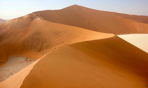 Namibia is a country of contract. Here is a great image of the ironic sanddunes 'big daddy' that shows just one of the many faces of this beautiful adventure wonderland.