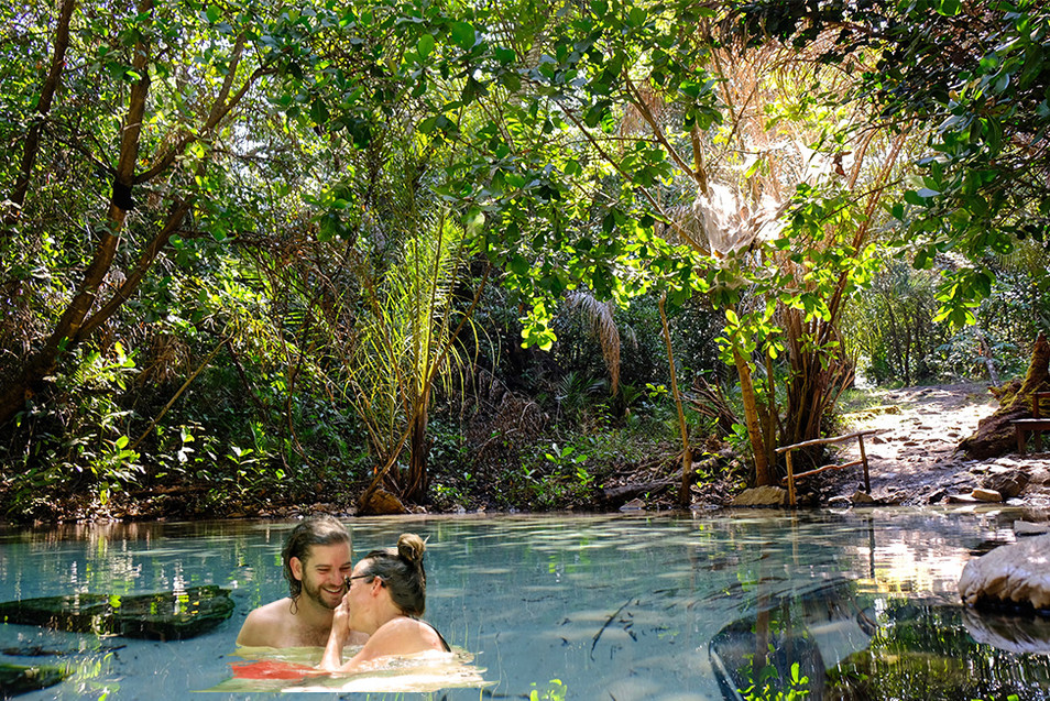 After camping in the wild African Bush for two weeks and before we prep for another round, we needed to relax a little bit. So we spend a fee days in this little paradise.